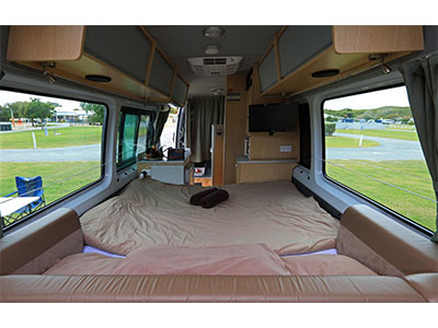 Maui Ultima Plus Campervan 3 Berth