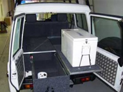 Centre 4 215 4 Troopcarrier With Roof Tent 5 Seater 2 Berth